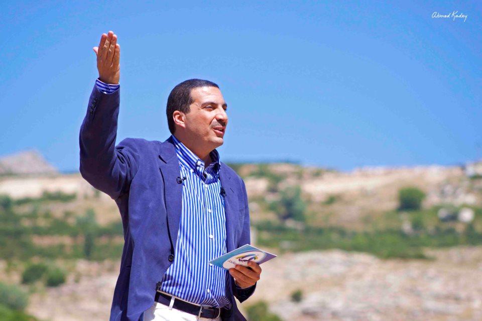 """موعد برنامج عمرو خالد """"الإيمان والعصر"""" فى رمضان 2015"""